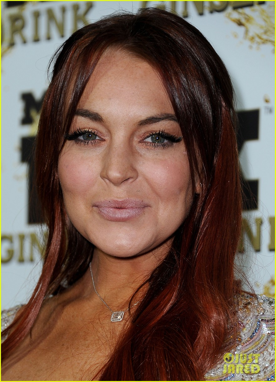 lindsay lohan promotes mr pink amidst family drama 06