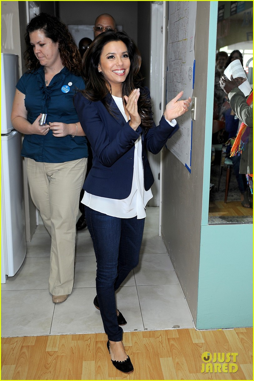 eva longoria campaigns for obama in west palm beach 012746911