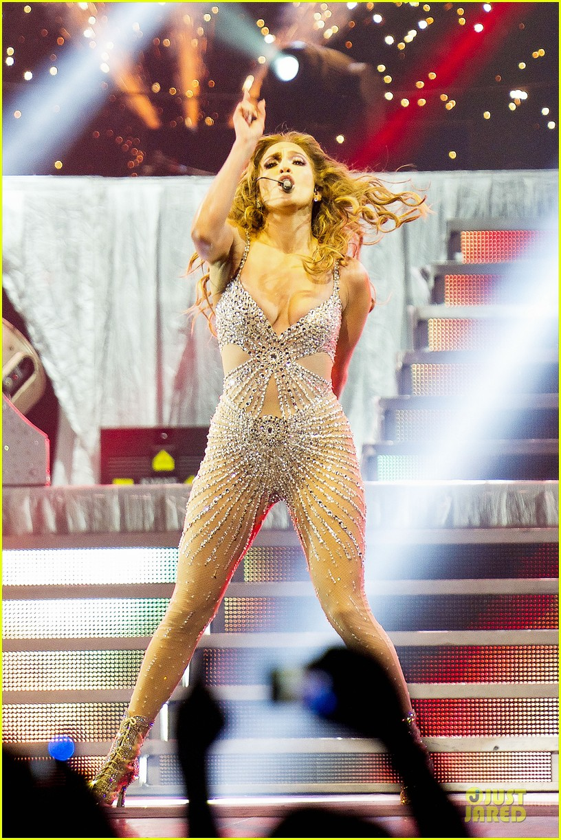 jennifer lopez madrid dance again concert 01