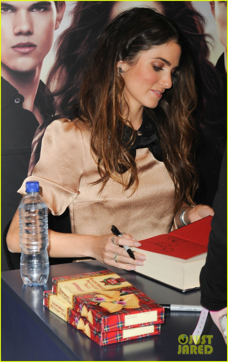 kellan lutz nikki reed glasgow autograph signing 152747058