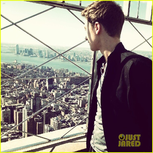 conor maynard tops empire state building 052739398