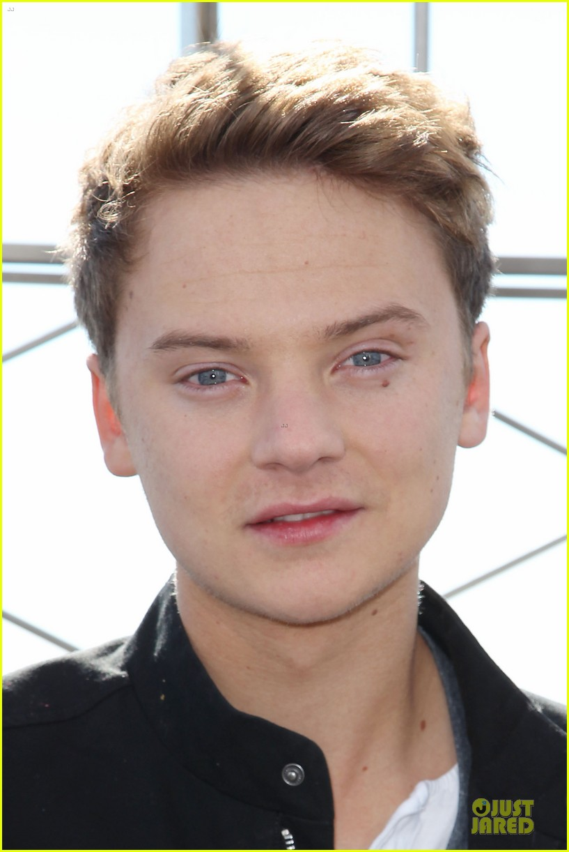 conor maynard tops empire state building 062739399