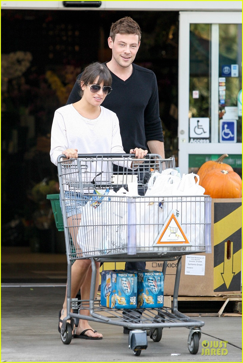 lea michele cory monteith football sunday cooking 01