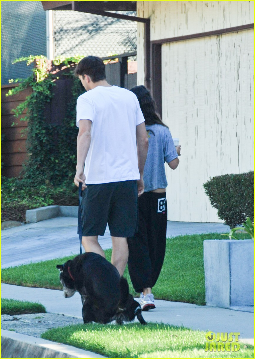 mila kunis ashton kutcher dog walking duo 062740991