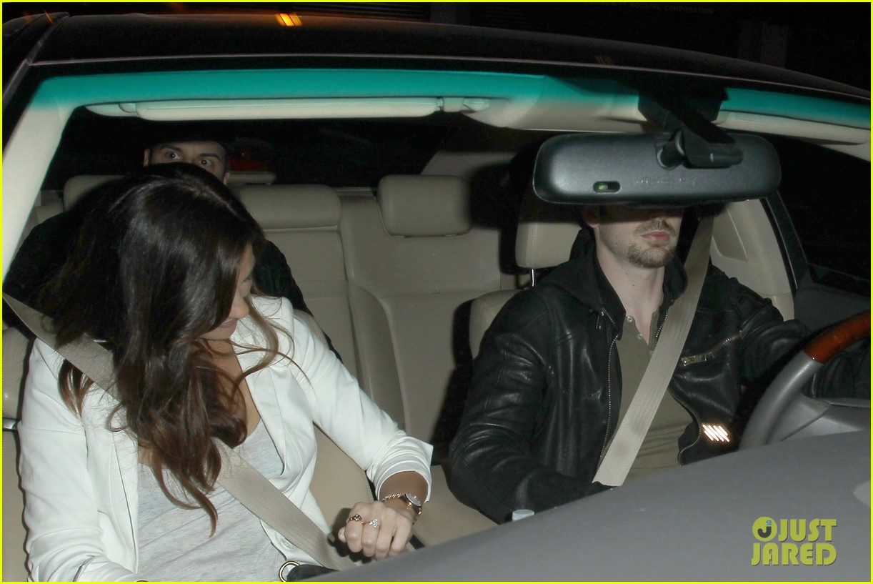 minka kelly chris evans sayers club couple 022745652