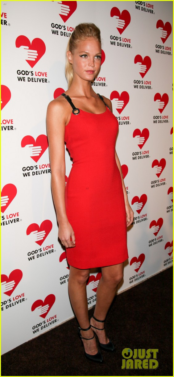 olivia munn erin heatherton gods love we deliver gala 18