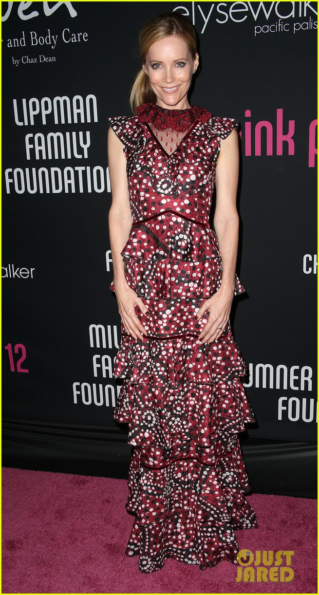 olivia munn michelle pfeiffer pink party benefit 16