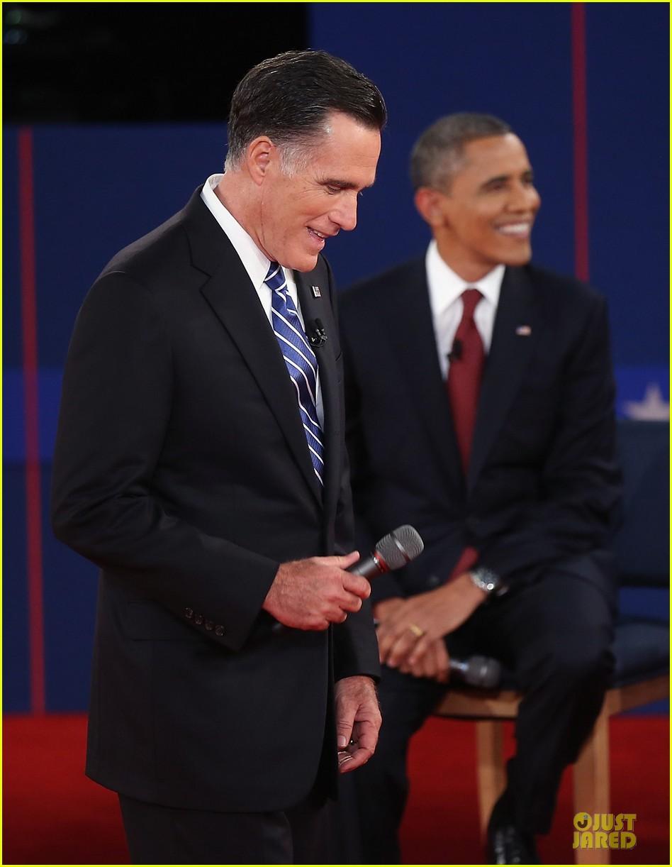 barack obama mitt romney second presidential debate 112739444