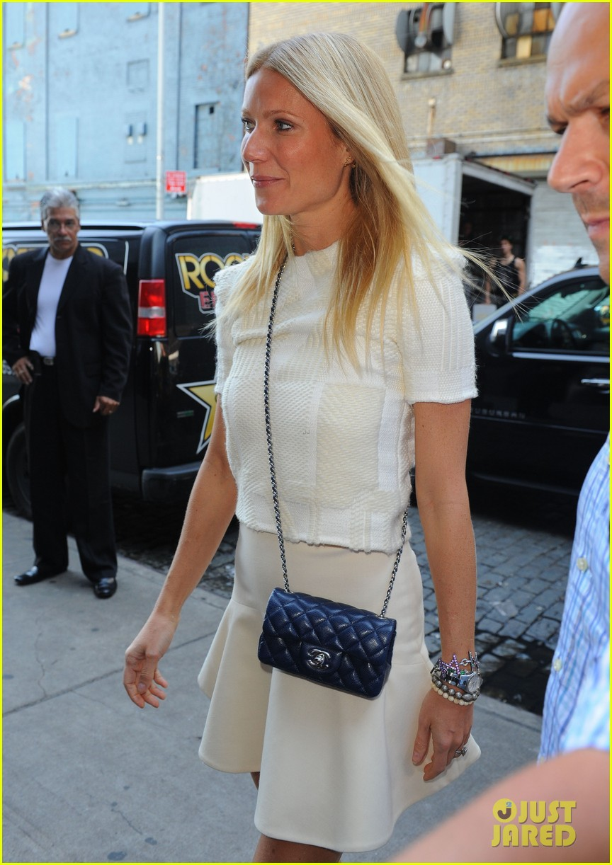 gwyneth paltrow belated birthday lunch nyc 04
