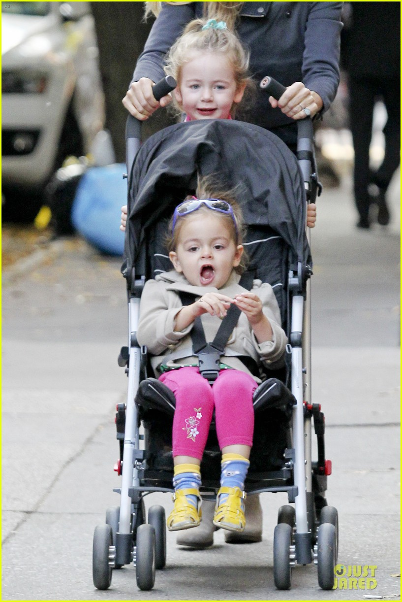 sarah jessica parker school walk with james marion tabitha 23
