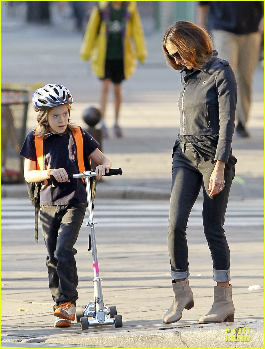 sarah jessica parker school walk with james marion tabitha 26