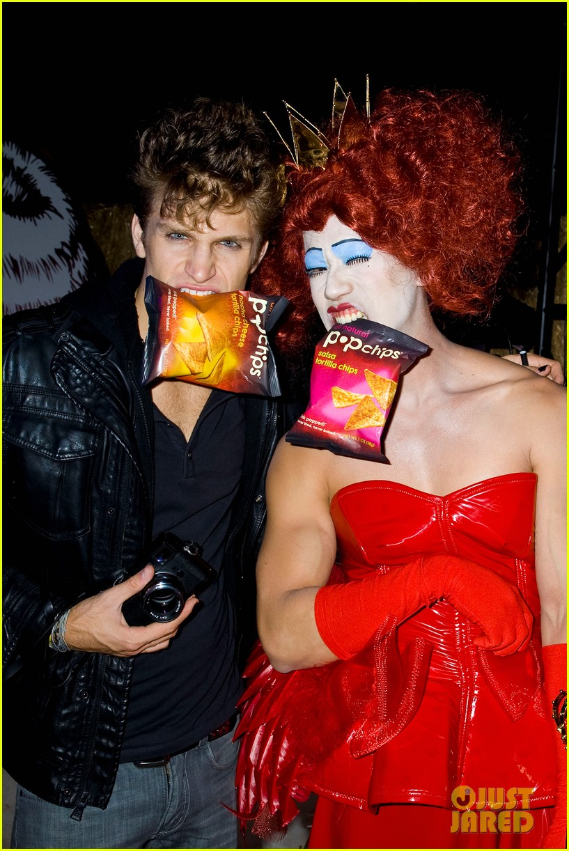 patrick schwarzenegger just jared halloween party 2012 01