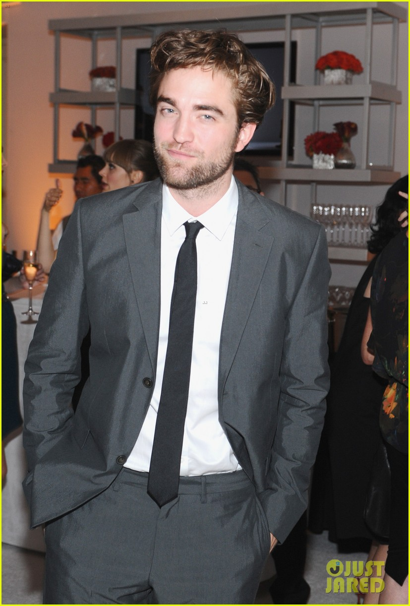 robert pattinson elle women in hollywood 2012 022738997