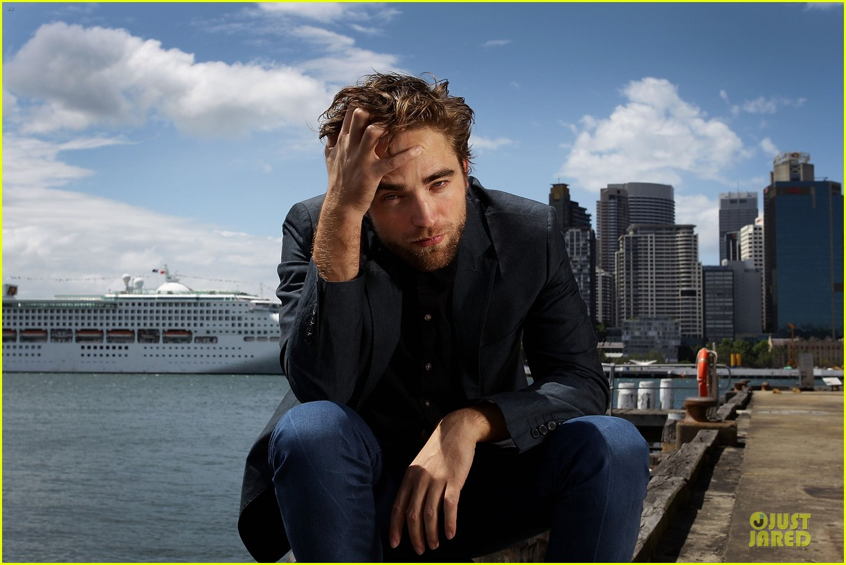 robert pattinson twilight breaking dawn part two photo call in australia 062742453