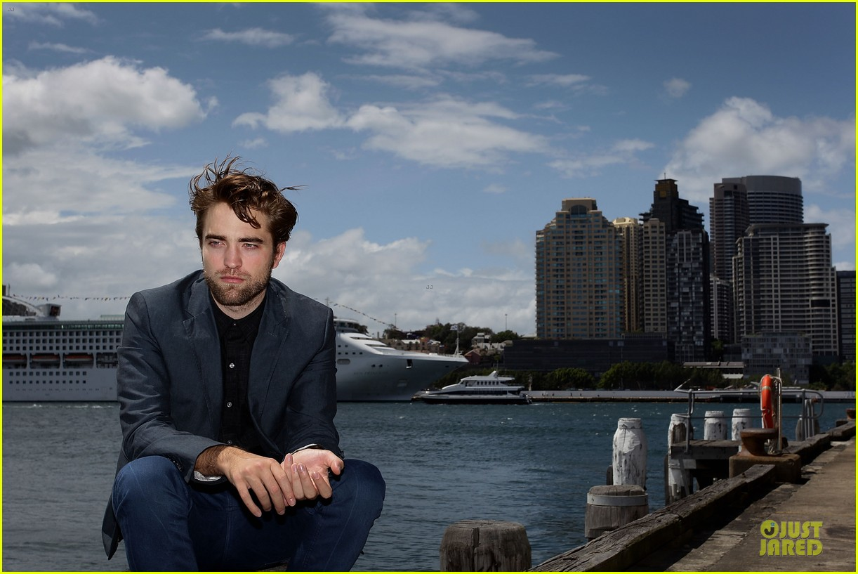 robert pattinson twilight breaking dawn part two photo call in australia 092742456