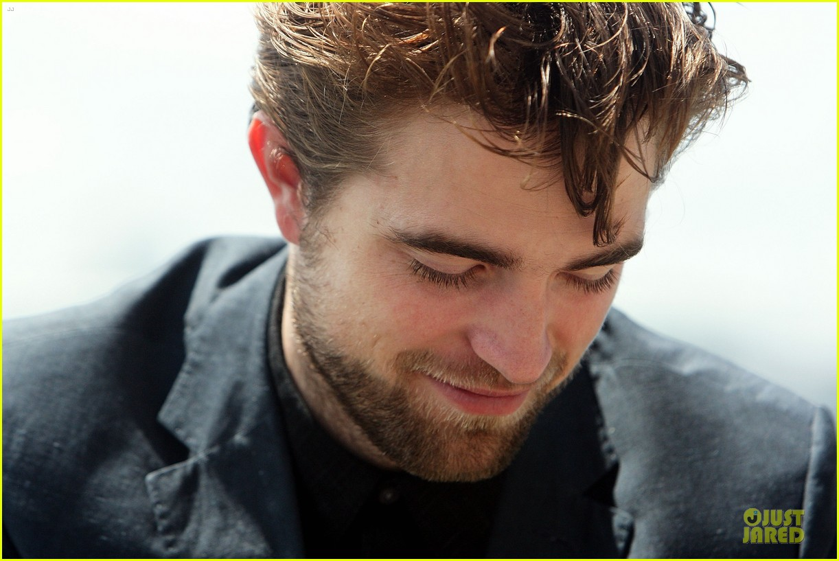 robert pattinson twilight breaking dawn part two photo call in australia 122742459