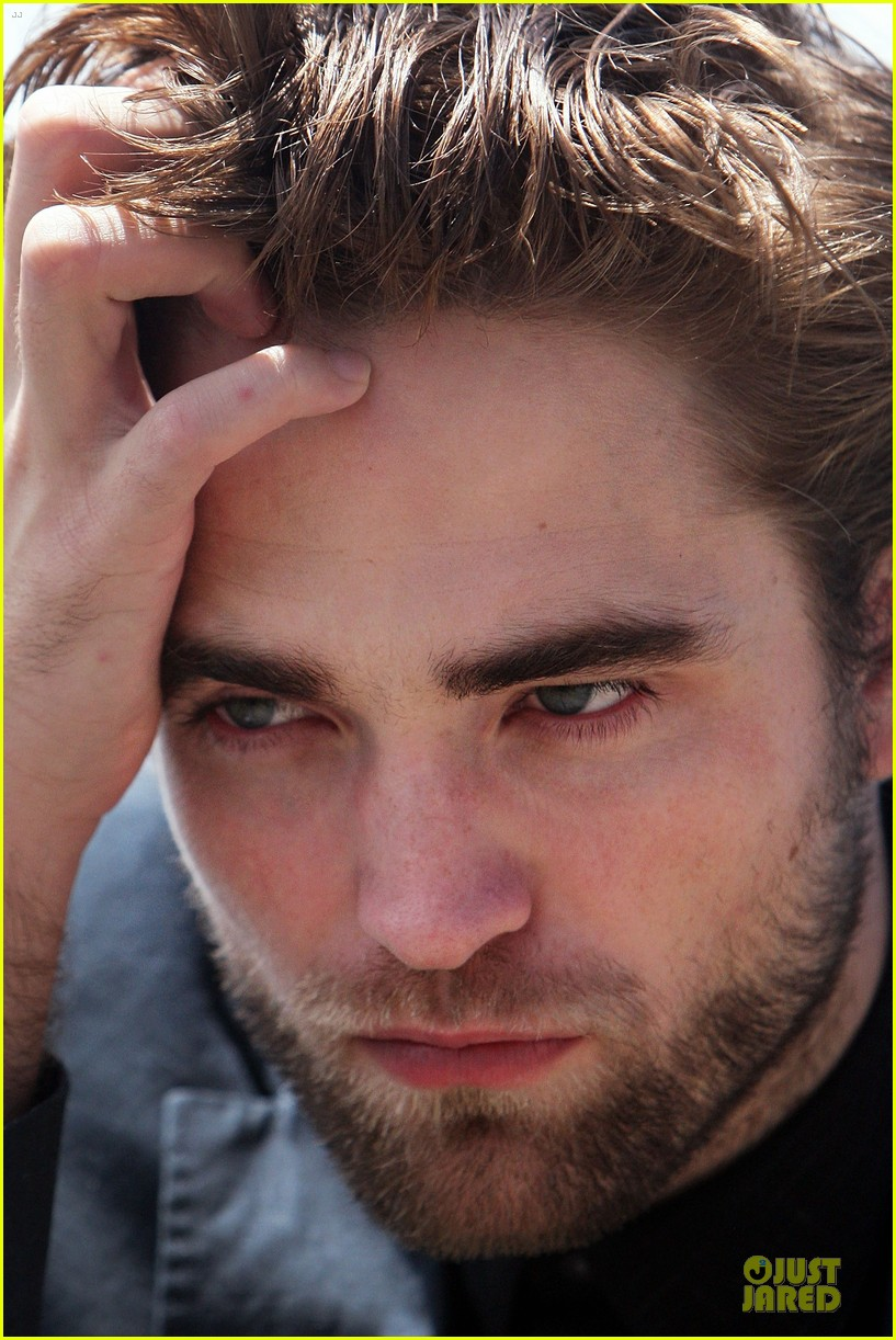 robert pattinson twilight breaking dawn part two photo call in australia 132742460