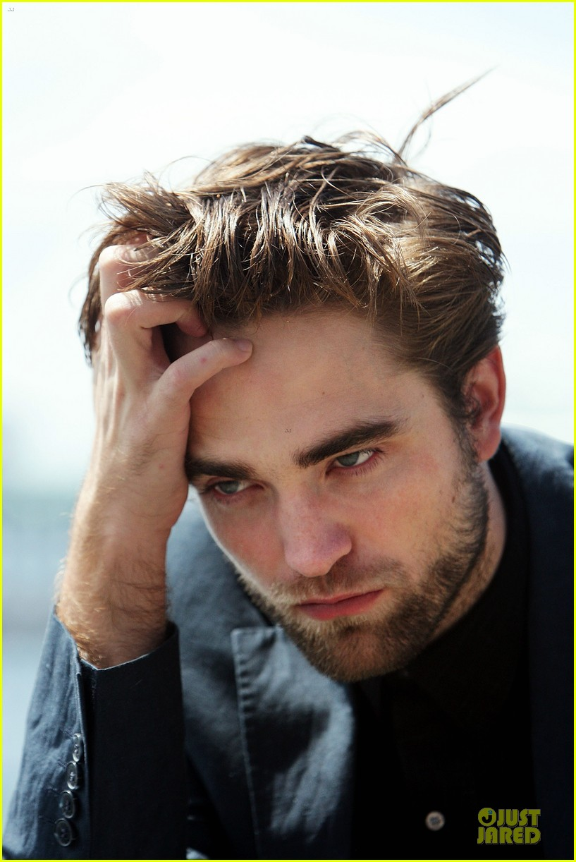 robert pattinson twilight breaking dawn part two photo call in australia 172742464