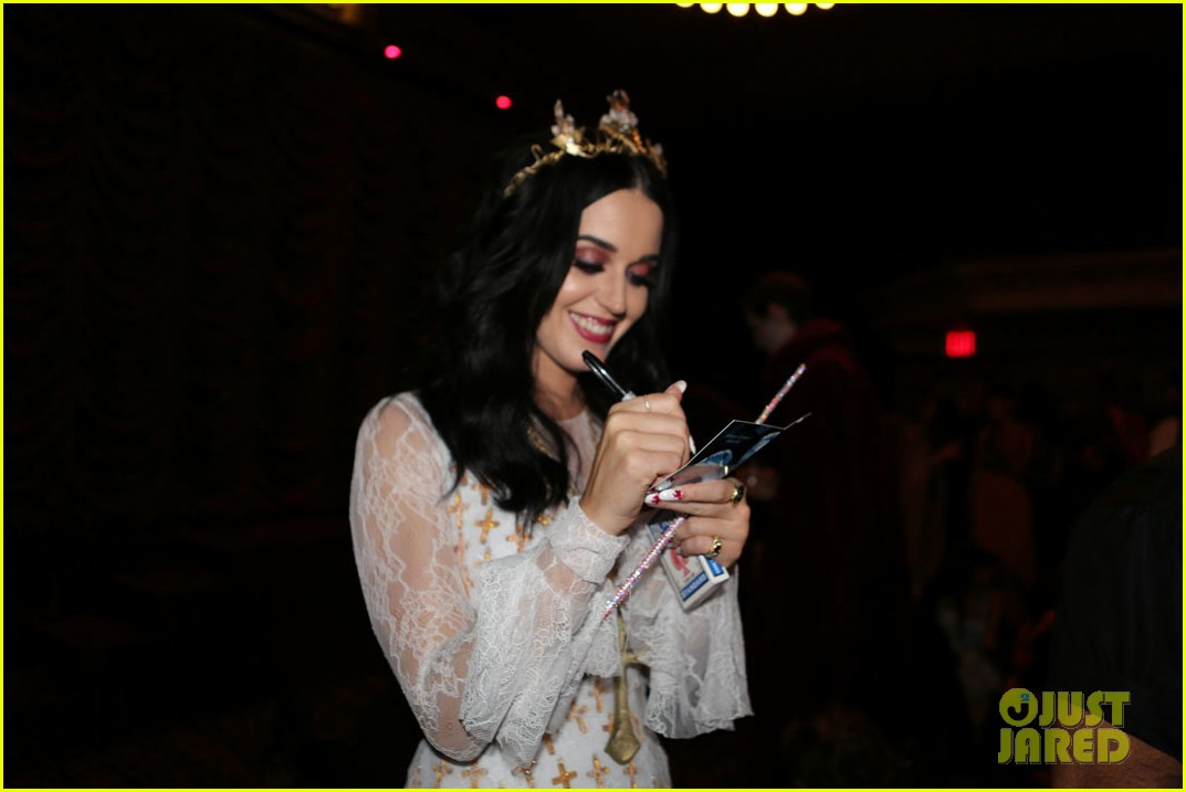 katy perry vampire birthday bash with john mayer 272741743
