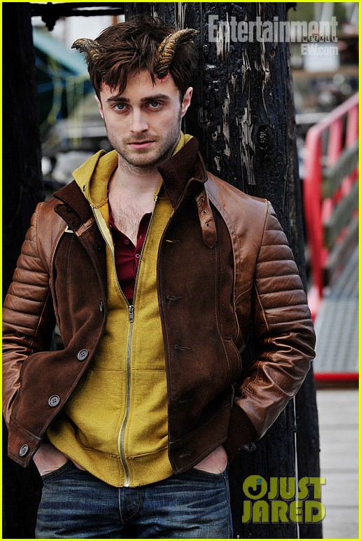 daniel radcliffe in horns first official pic 012732763