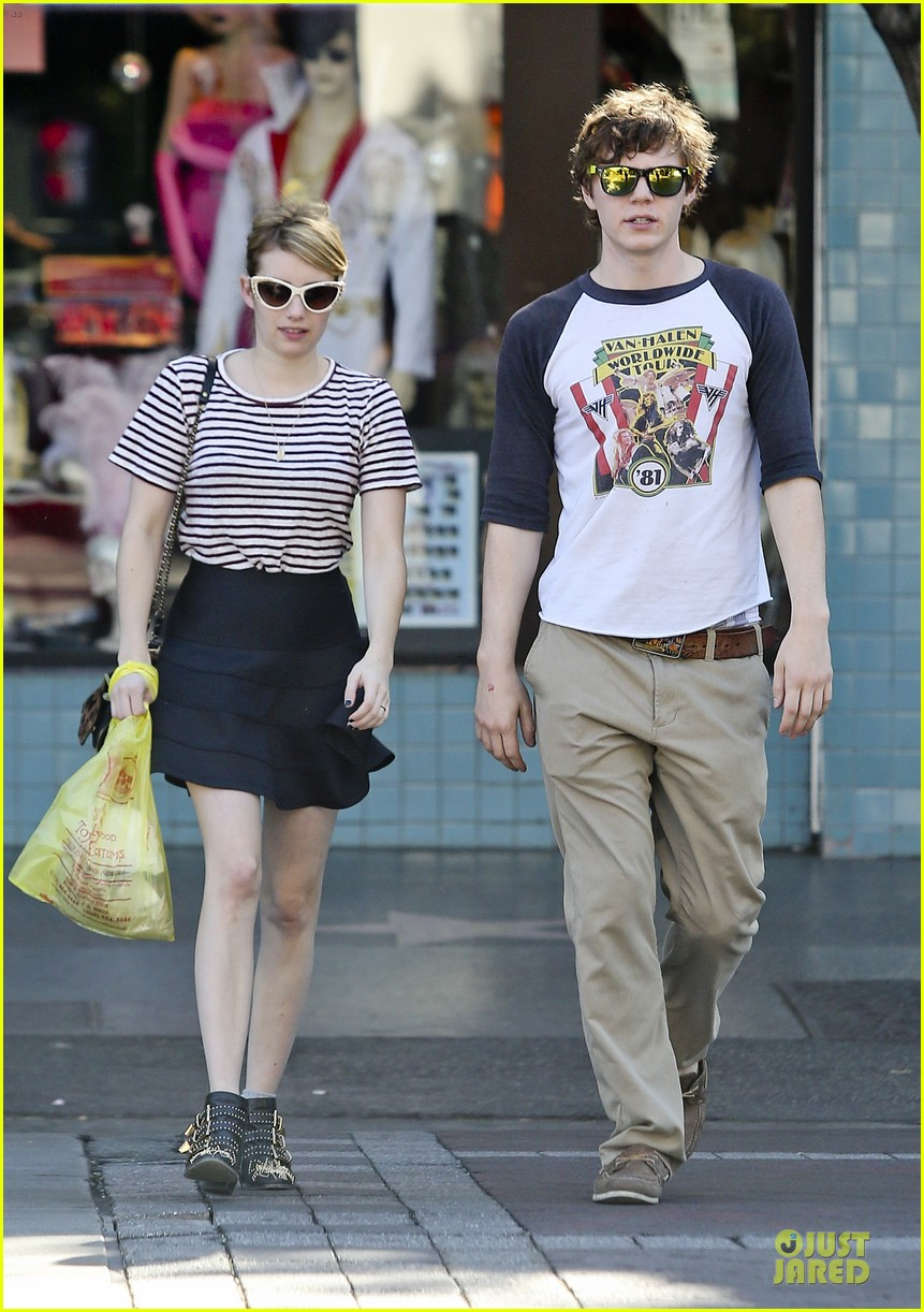 emma roberts evan peters halloween costume shopping 062746045