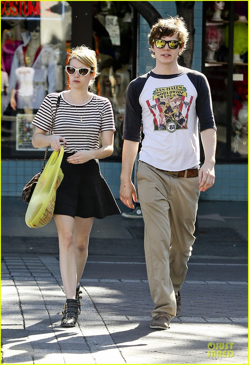 emma roberts evan peters halloween costume shopping 082746047