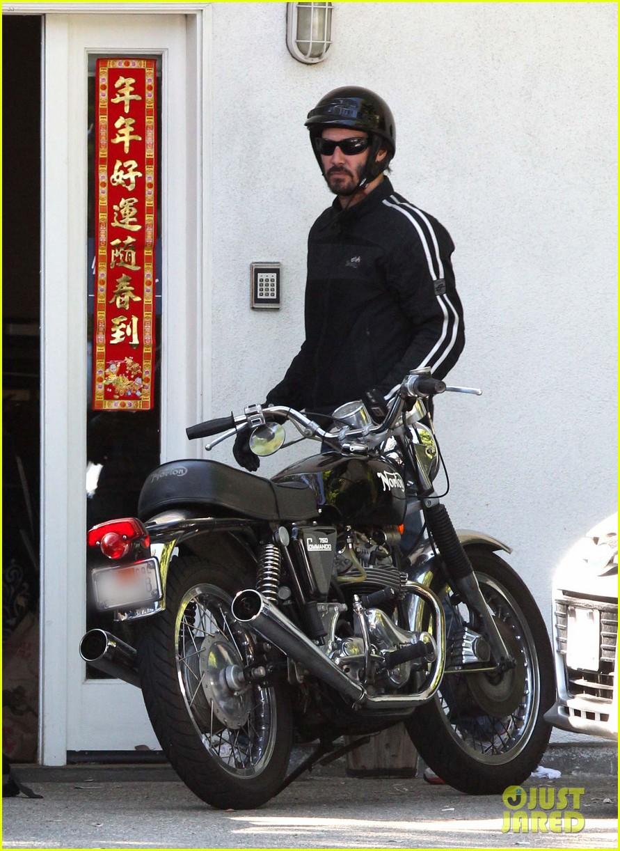 keanu reeves biker dude 052748429