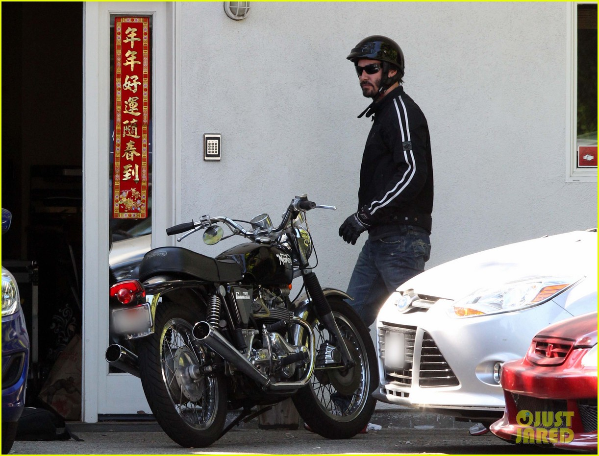 keanu reeves biker dude 062748430