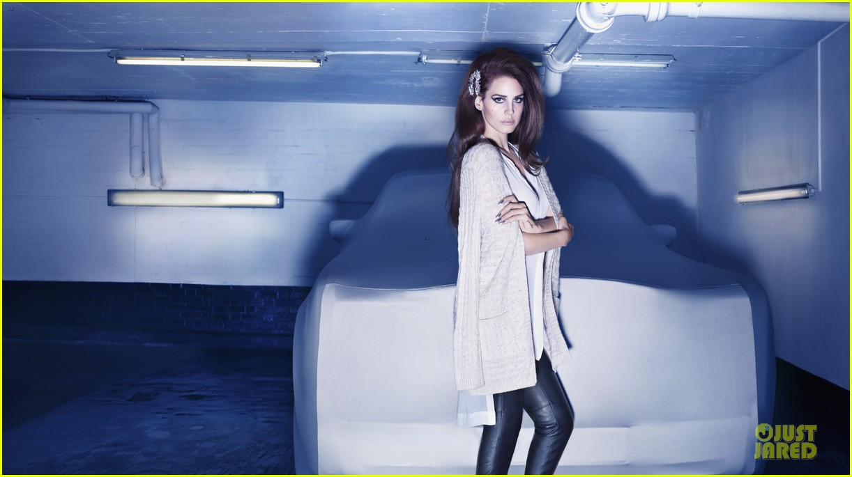 lana del rey h&m holiday campaign 072739432