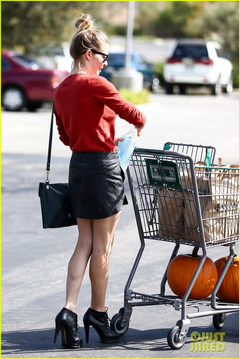 leann rimes halloween supply shopping 222736000