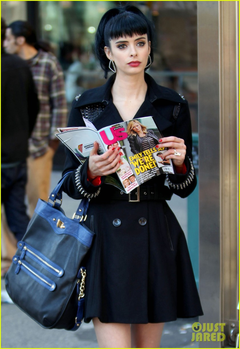 krysten ritter dont trust the b in aparrtment 23 premiere 102743435