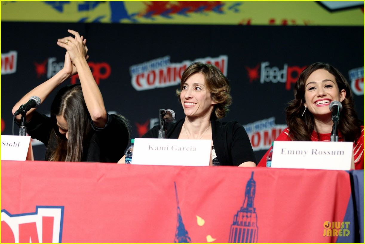 emmy rossum beautiful creatures comic con panel 382737768