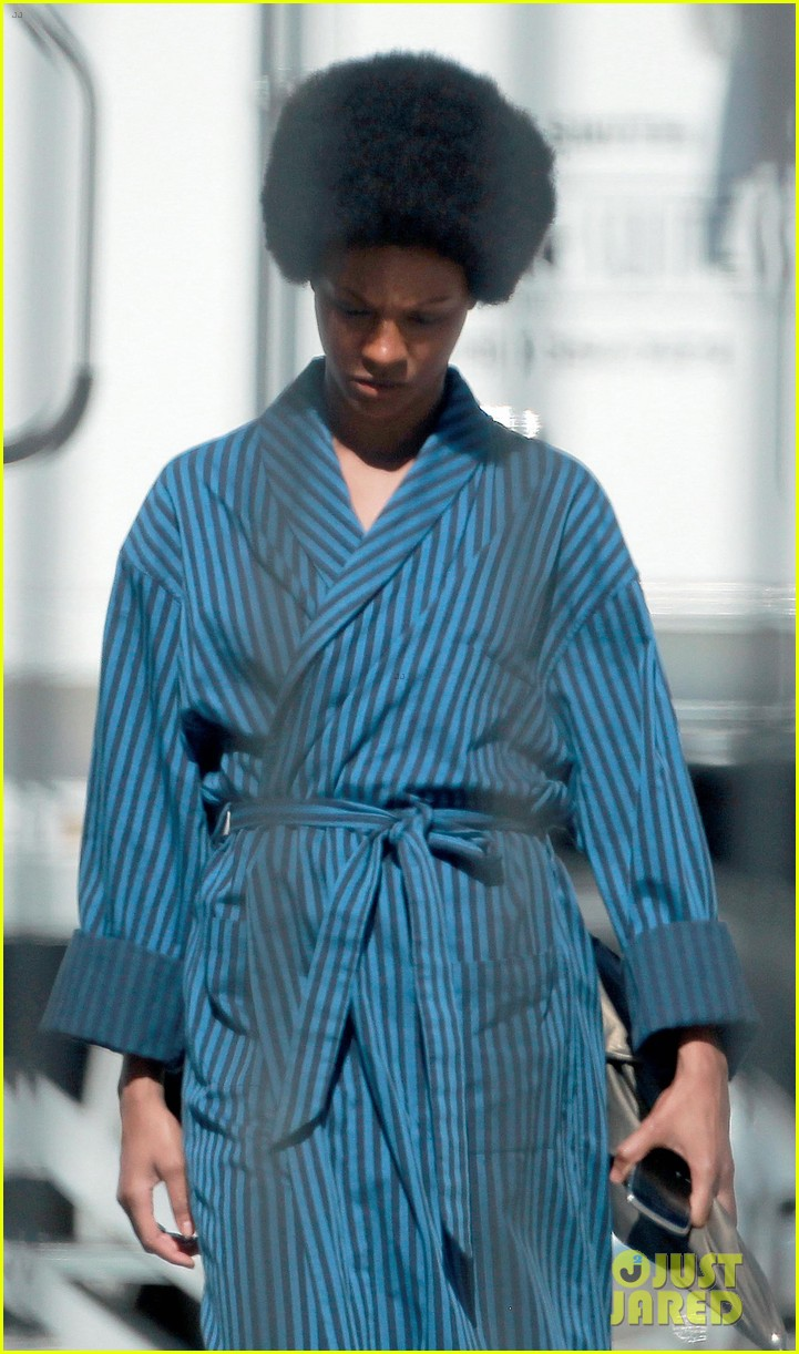 zoe saldana as nina simone first look 102745302