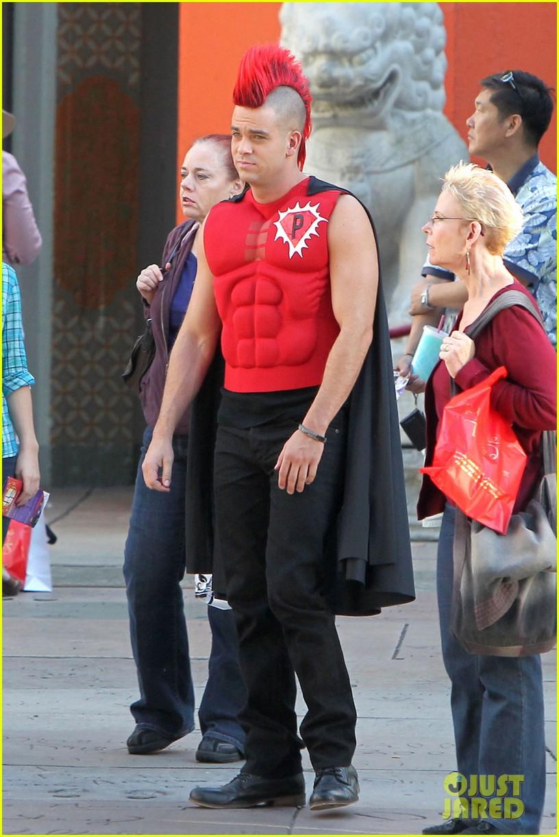 mark salling glee superhero 012731698