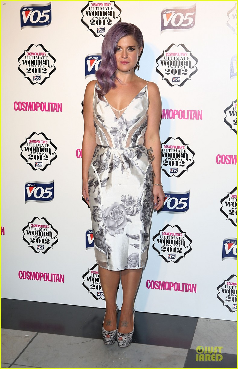 nicole scherzinger kelly osbourne cosmopolitan ultimate woman of the year awards 072748537
