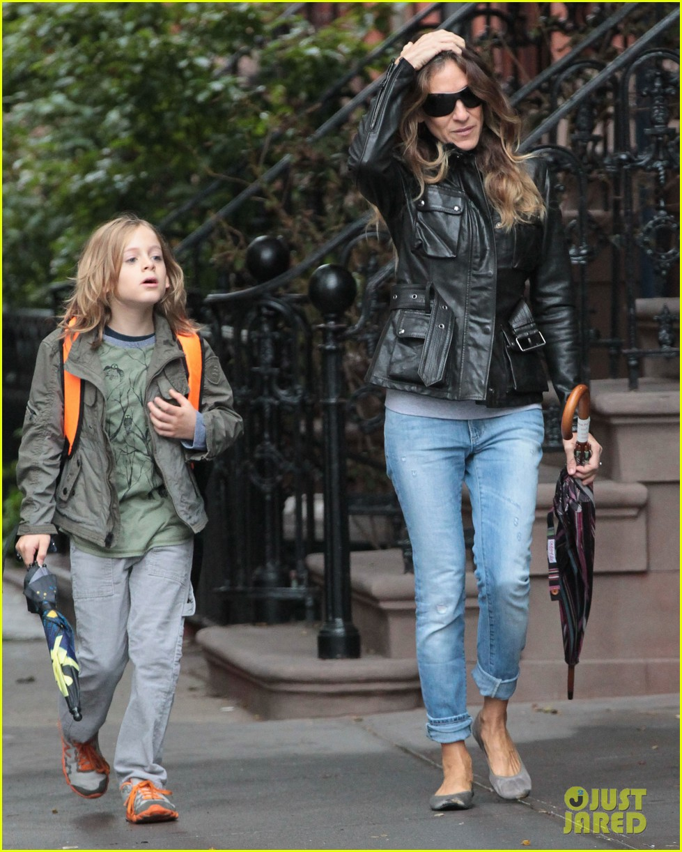 sarah jessica parker big apple morning with kids 082736496