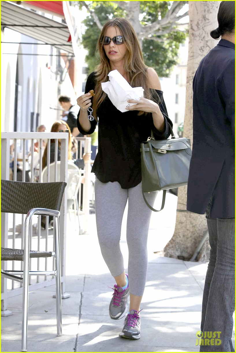 Sofia Vergara Loves Being Confused For Son S Sister
