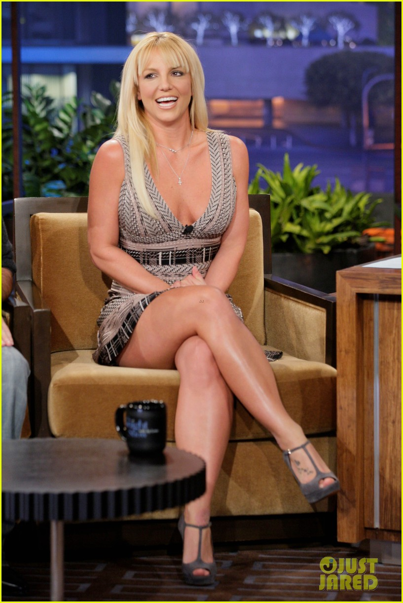 britney spears tonight show with simon cowell 01