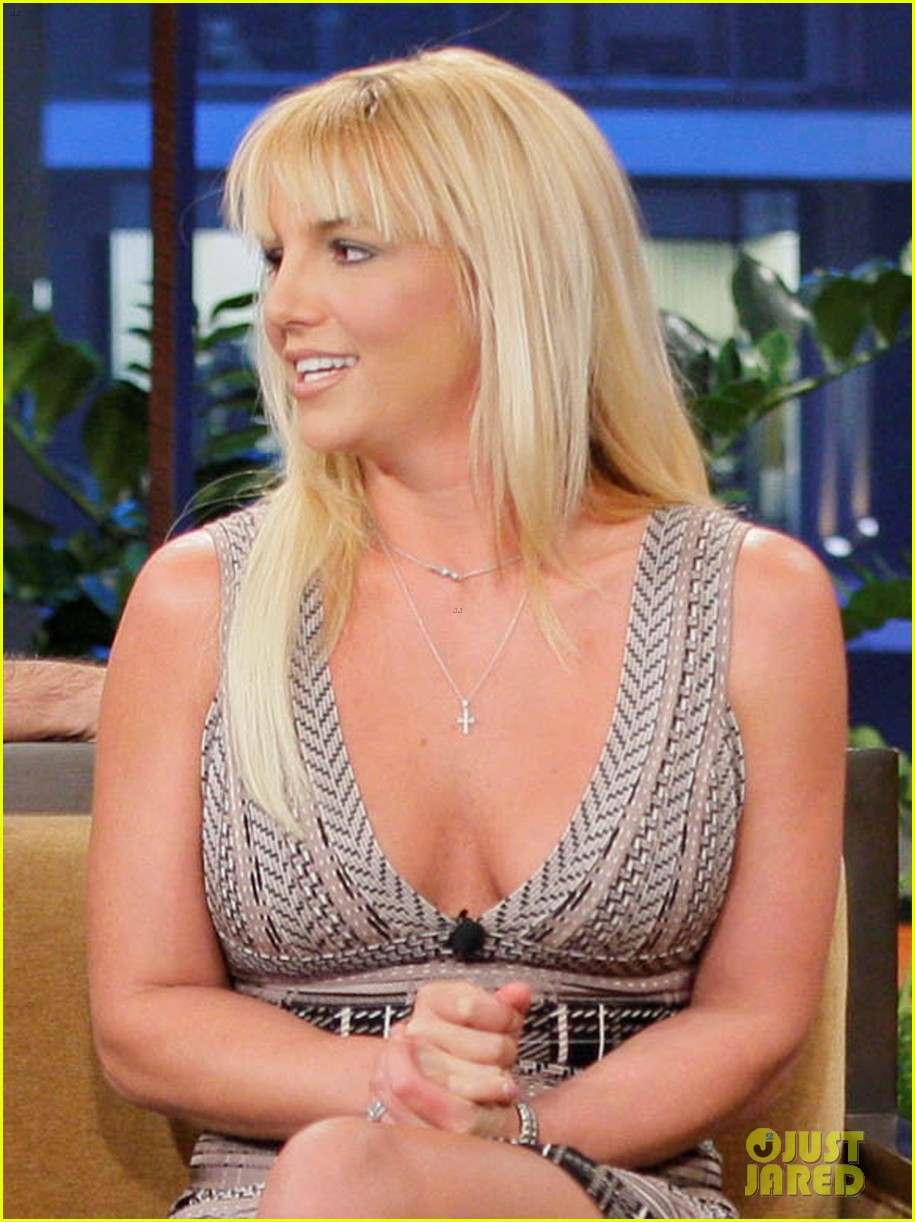 britney spears tonight show with simon cowell 022748323
