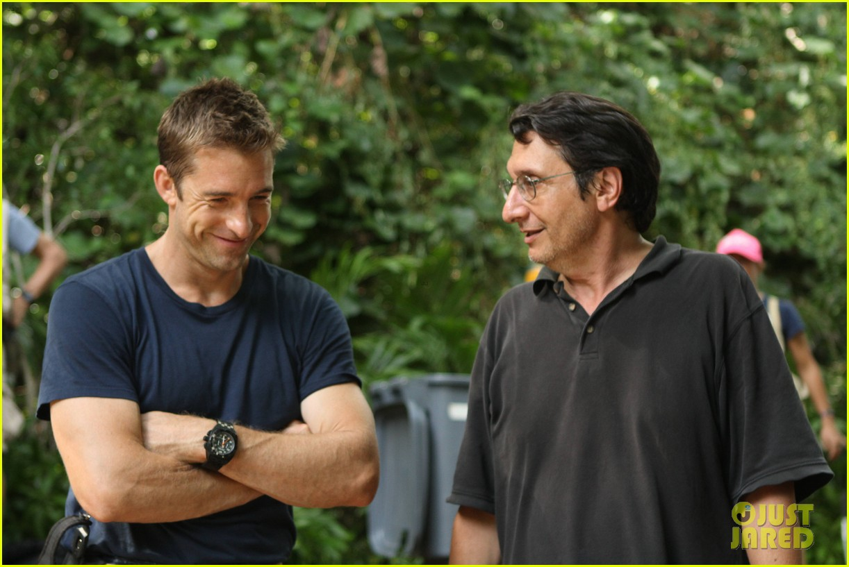 scott speedman last resort exclusive bts photos 022740137