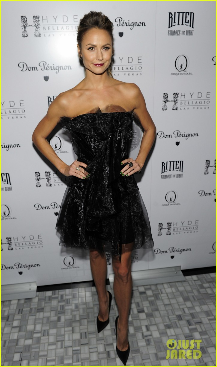 stacy keibler halloween masquerade host 052746776