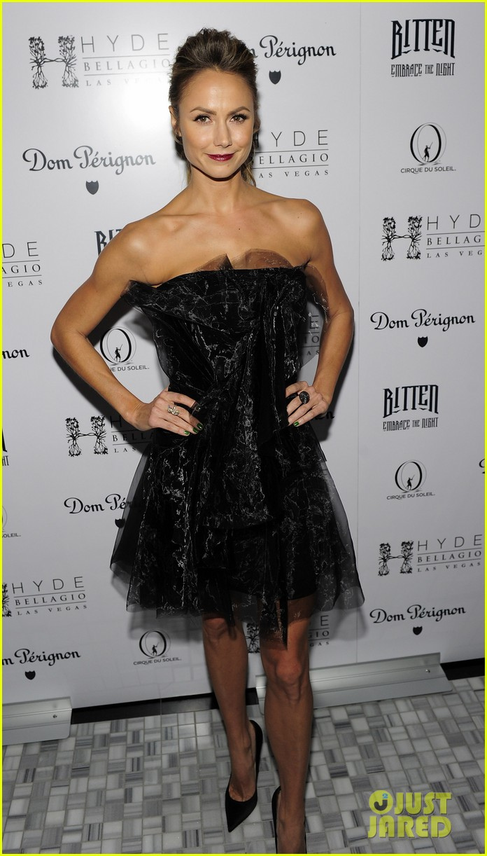 stacy keibler halloween masquerade host 092746780