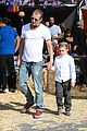 gwen stefani gavin rossdale pumpkin patch with the kids 29
