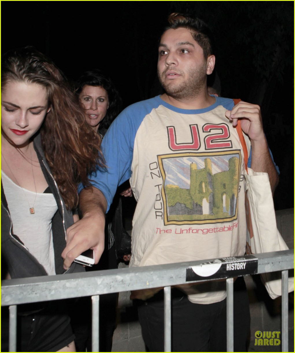kristen stewart florence and the machine concert with father 122734795