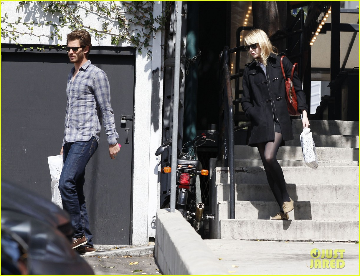 emma stone andrew garfield book soup 162734517