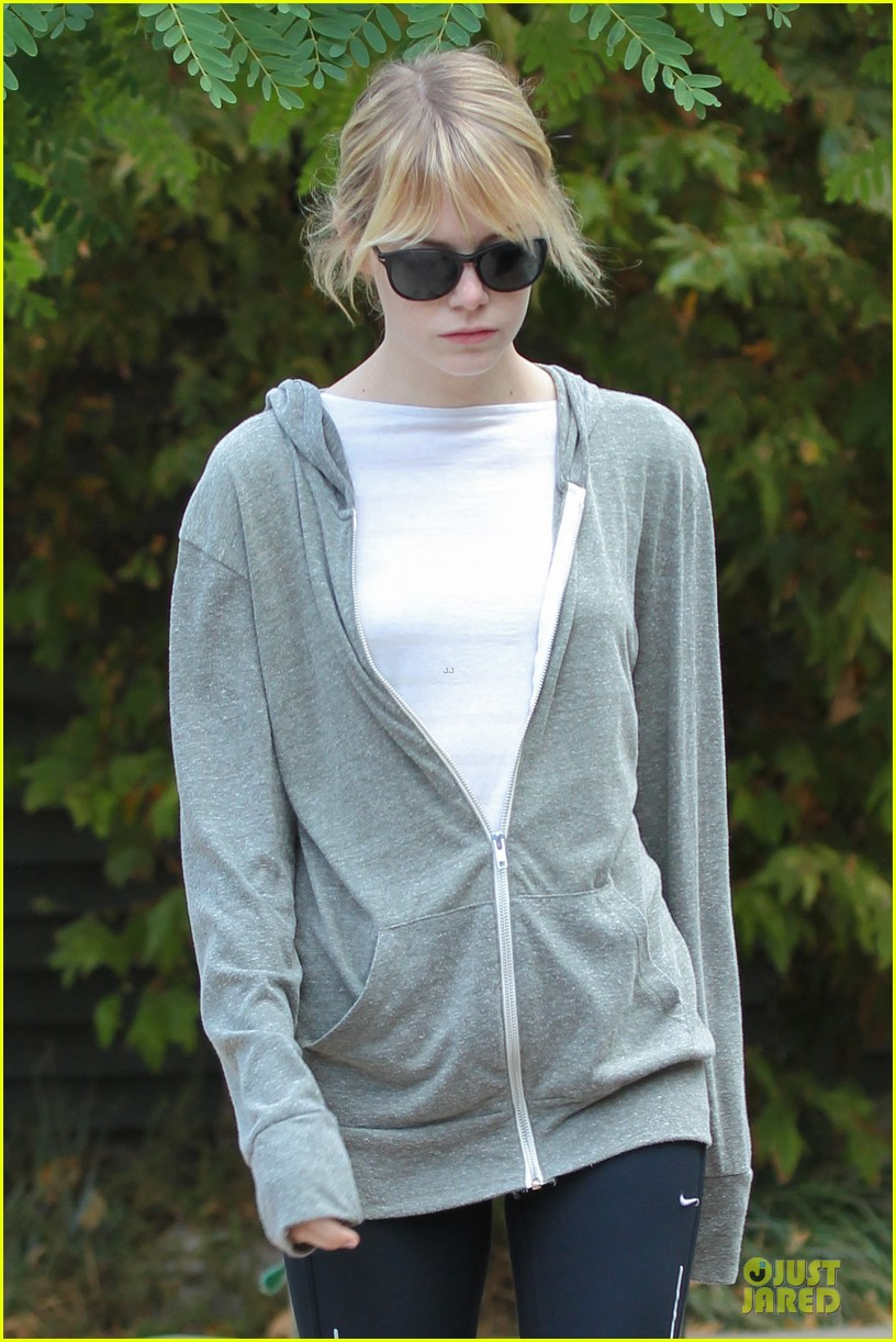 emma stone andrew garfield morning stroll in the hollywood hills 022742110