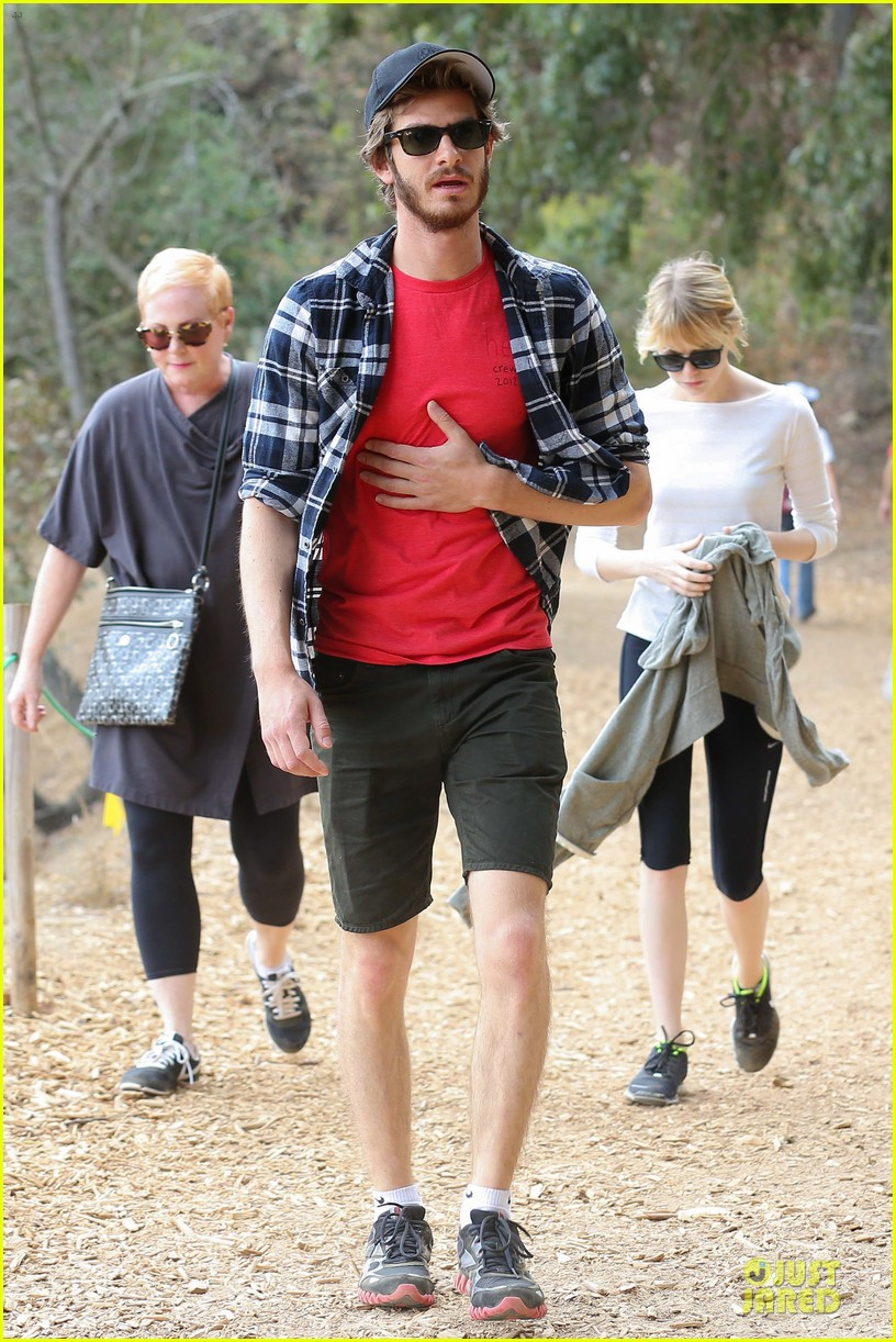 emma stone andrew garfield morning stroll in the hollywood hills 032742111