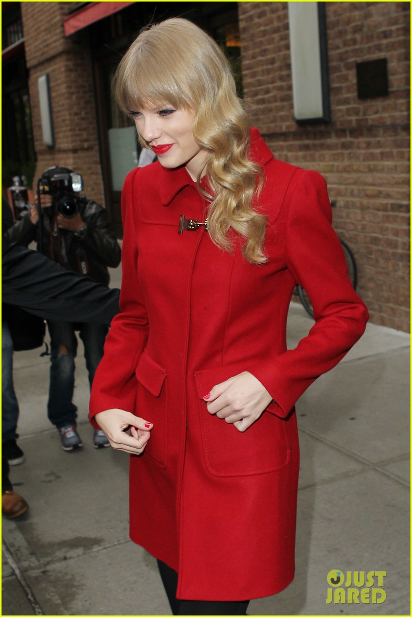 taylor swift late show with david letterman guest 102743601