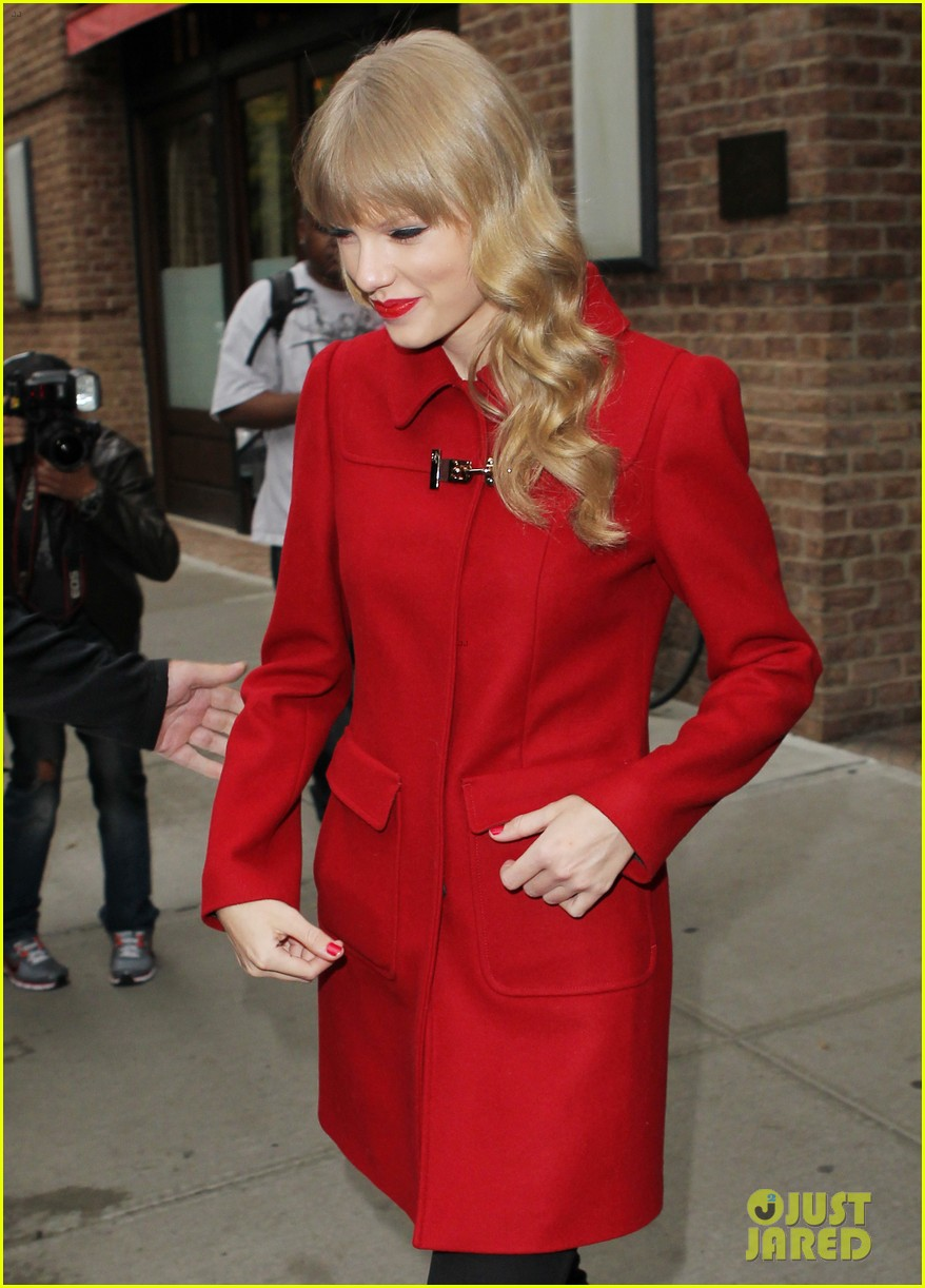 taylor swift late show with david letterman guest 112743602