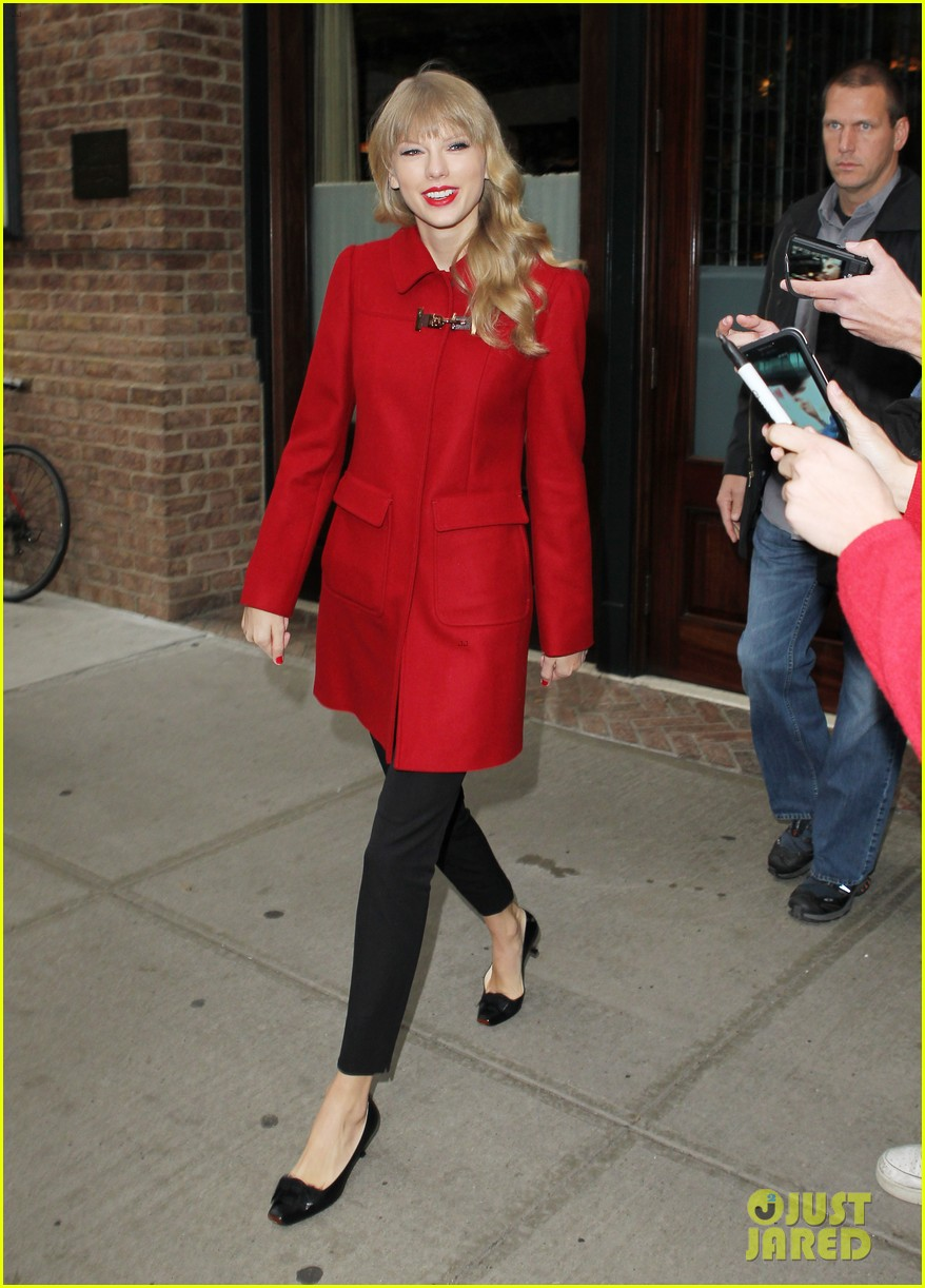 taylor swift late show with david letterman guest 142743605